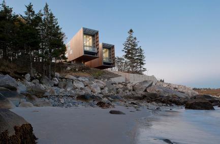 Dossier de presse | 809-05 - Communiqué de presse | Azure announces the finalists of the second annual AZ Awards - Azure Magazine - Concours - Firm:&nbsp;MacKay-Lyons Sweetapple Architects<br>Project:&nbsp;Two Hulls House