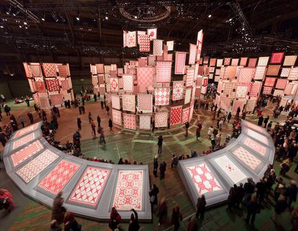 Dossier de presse | 809-05 - Communiqué de presse | Azure announces the finalists of the second annual AZ Awards - Azure Magazine - Concours - Firm:&nbsp;Thinc Design<br>Project:&nbsp;Infinite Variety: Three Centuries of Red and White Quilts