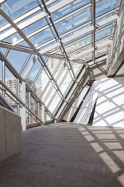 Dossier de presse | 696-05 - Communiqué de presse | The Montreal Museum of Fine Arts unveils the architecture of its new pavilion ofQuebec and Canadian Art and of its new concert hall - Montreal Museum of Fine Arts (MMFA) - Architecture institutionnelle - Crédit photo : MBAM