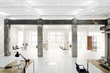 Dossier de presse | 809-05 - Communiqué de presse | Azure announces the finalists of the second annual AZ Awards - Azure Magazine - Concours - Firm:&nbsp;LYCS Architecture<br>Project:&nbsp;LYCS Architecture Office&nbsp;