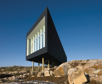 Dossier de presse | 809-02 - Communiqué de presse | 2011 AZ Awards winners - Azure Magazine - Concours - Category: ARCHITECTURE / COMMERCIAL AND INSTITUTIONAL BUILDINGS<br><br>Saunders Arkitektur: Long Studio (Norway)*<br>Kino Architects: Spiralab (Japan)<br>Una Arquitetos: Garoa Store (Brazil)<br> - Crédit photo : Azure