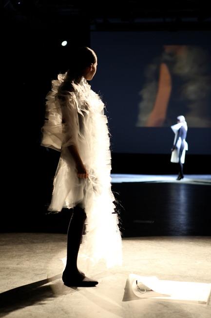 Press kit | 842-01 - Press release | Ying Gao: Art, Fashion and Technology - Ying Gao - Fashion Design - Photo credit: Marcio Lana-Lopez