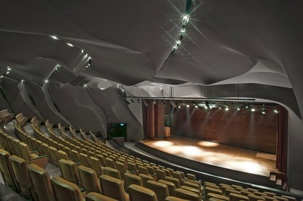 Press kit | 1028-02 - Press release | Winning projects announced at the 2012 Emirates Glass Leaf Awards - The Emirates Glass LEAF Awards - Competition - A special prise went to Masrah Al Qasba Theatre, Emirate of Sharjah, United Arab Emirates, by Magma Architecture