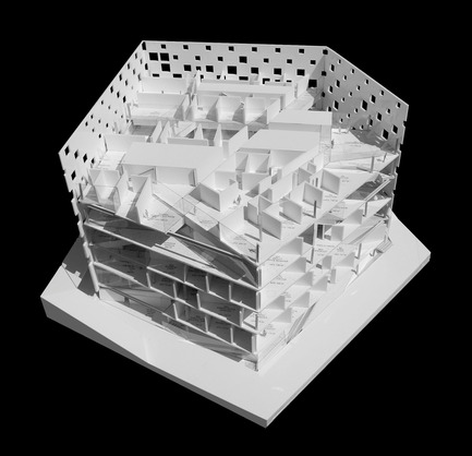 Dossier de presse | 756-01 - Communiqué de presse | Other Space Odysseys - Canadian Centre for Architecture (CCA) - Event + Exhibition - Michael Maltzan, Architect, New building for the Jet Propulsion Laboratory, Pasadena, California, 2006-, model.