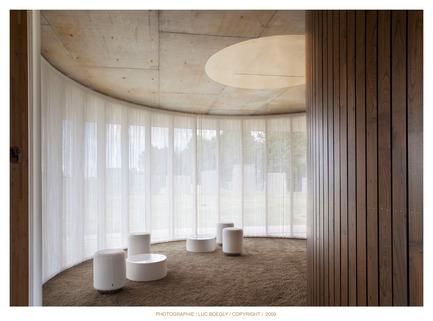 Press kit | 758-01 - Press release | Rennes Metropole's Crematorium - PLAN01 architects - Commercial Architecture - Photo credit: Luc Boegly