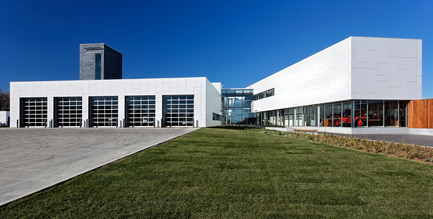 Press kit | 816-01 - Press release | Brandon Firehall no.1 - Cibinel Architects - Commercial Architecture - Photo credit: Mike Karakas