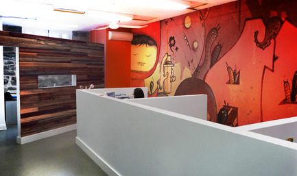 Dossier de presse | 760-01 - Communiqué de presse | Offices of the Upperkut agency - Jean de Lessard, Designers Créatifs - Commercial Architecture - Chargés de projet<br>Murale : ASTROGRAFIK - Crédit photo : Jean de Lessard