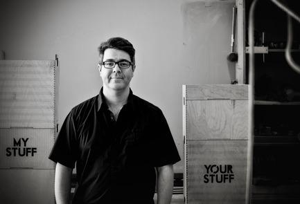 Press kit | 562-42 - Press release | Boutique CODE SOUVENIR MONTRÉAL : la créativité montréalaise à son meilleur! - Bureau du design - Ville de Montréal - Product - ATELIER-D&nbsp;<br>Designer : Jonathan Dorthe&nbsp;<br>Nom du produit : Signet « soir d'hiver »&nbsp; - Photo credit: ATELIER-D
