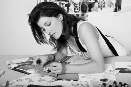 Press kit | 562-42 - Press release | Boutique CODE SOUVENIR MONTRÉAL : la créativité montréalaise à son meilleur! - Bureau du design - Ville de Montréal - Product - HARRICANA PAR MARIOUCHE&nbsp;<br>Designer : Mariouche Gagné&nbsp;<br>Nom du produit : Naitok mini bag&nbsp;<br>Produits : Yves Lacombe - Photo credit: Portrait : L'Eloi&nbsp;<br>Atelier noir et blanc : Carl Lessard&nbsp;