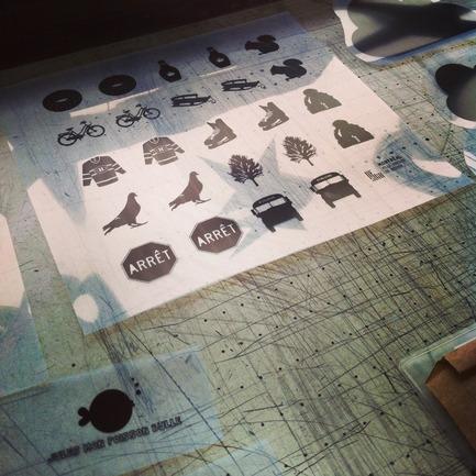 Press kit | 562-42 - Press release | Boutique CODE SOUVENIR MONTRÉAL : la créativité montréalaise à son meilleur! - Bureau du design - Ville de Montréal - Product - JULES MON POISSON BULLE&nbsp;<br>Designer : Isabelle Aubut&nbsp;<br>Nom du produit : Jeu « Montréal je me souviens »&nbsp; - Photo credit: JULES MON POISSON BULLE