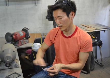 Press kit | 562-42 - Press release | Boutique CODE SOUVENIR MONTRÉAL : la créativité montréalaise à son meilleur! - Bureau du design - Ville de Montréal - Product - TAT CHAO&nbsp;<br>Designer : Tat Chao&nbsp;<br>Nom du produit : Cube mural magnétique « Kube »&nbsp; - Photo credit: TAT CHAO