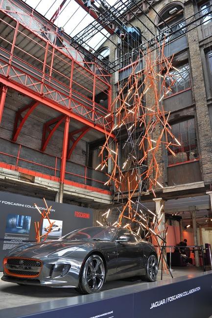 Dossier de presse   1109-02 - Communiqué de presse   Clerkenwell Design Week celebrates a record-breaking fifthedition - Clerkenwell Design Week - Évènement + Exposition - Installation by Jaguar UK & Foscarini - Crédit photo : Philip Vile