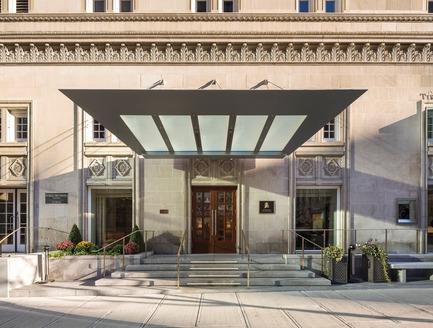 Press kit | 952-06 - Press release | Un habit de verre pour l'hôtel Ritz-Carlton - Provencher_Roy - Architecture résidentielle - Résidences Ritz - Photo credit: Stéphane Groleau