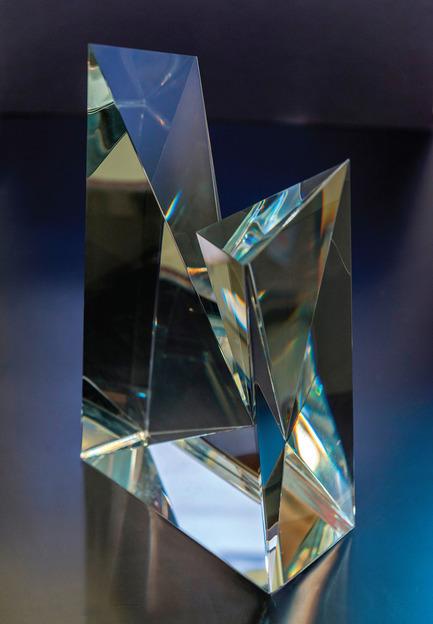 Dossier de presse | 1020-03 - Communiqué de presse | Date limite pour le Prix International Moriyama de l'IRAC: 1er août 2014 - Institut royal d'architecture du Canada (IRAC) - Évènement + Exposition - Sculpture artisanale conçue par le designer canadien Wei Yew - Crédit photo : IRAC