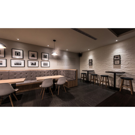 Dossier de presse | 902-02 - Communiqué de presse | A' Design Awards 2014 Les Gagnants Annoncés - A' Design Award and Competition - Concours - Lohas Restaurant by Yu Wen Chiu<br><br>PROJECT DESCRIPTION:<br>The Revolt Counter to the Urban Beat. The base is located in a busy traffic intersection. The overall spatial plan aims to create a mellow and settled pace, as if to induce time to slow down and in this fast-paced urban life to enjoy each moment here and now. The open space, as is formed,via medium planning,divides the space based on different functionalities. The totem-like screens add to the mellow spatial ambience some congenial playfulness. - Crédit photo : Yu Wen Chiu, 2013.