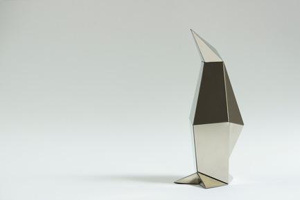 Press kit | 1196-01 - Press release | Poligon Launches on Kickstarter - Poligon - Product - Penguin - Photo credit: Poligon<br>