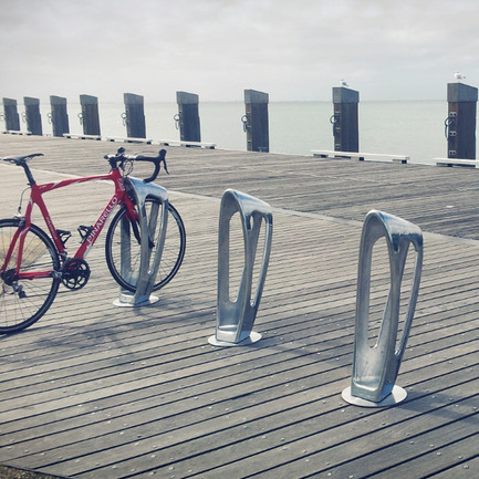 Press kit | 902-03 - Press release | A' Design Award & Competition / International Call for Entries - A' Design Award and Competition - Competition - Design Name : The Zephyr<br>Primary Function : Multifunctional Bike Storage Bollard - Photo credit: Rick Hall &amp; Huiming Wong