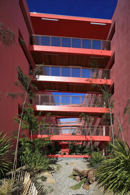 Dossier de presse | 1151-02 - Communiqué de presse | Redline - Pietri Architectes - Architecture résidentielle - Crédit photo : Christian Michel<br>