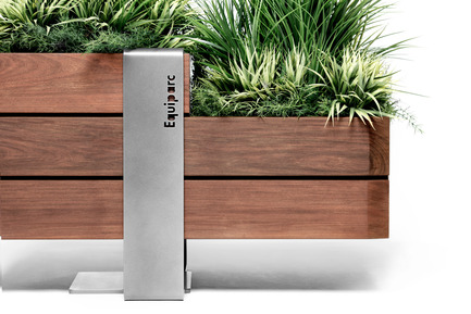 Press kit | 1133-02 - Press release | ALTO Design creates the new Équiparc DELTA street furniture collection - ALTO Design - Industrial Design - Planter - Photo credit: Adrien Williams