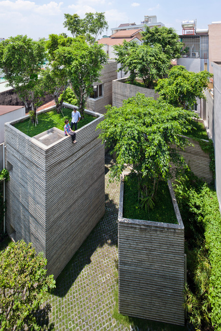 Dossier de presse | 661-24 - Communiqué de presse | 2014 Winners announced Day one - World Architecture Festival (WAF) - Concours - House for Trees by Vo Trong Nghia Architects