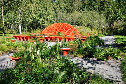 Press kit | 837-10 - Press release | The 16th International Garden Festival at Les Jardins de Métis / Reford Gardens will BUZZ in 2015! - International Garden Festival / Reford Gardens - Landscape Architecture -  CONE GARDEN BOCKSILI<br>by&nbsp;Livescape [Seungjong Yoo, Byoungjoon Kwon, Hyeryoung Cho, Yongchul Cho, Iltae Jeong, Jinhwan Kim, Soojung Yoon, Byoungjoon Kim]<br>Seoul, South Korea<br><br>Planted with the bottom on top, orange construction cones serve as planters, speakers and benches. An original way to construct, deconstruct and reconstruct our environment.<br><br>www.livescape.co.kr    - Photo credit: Sylvain Legris
