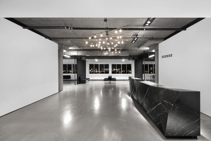 Press kit | 1081-02 - Press release | SSENSE - Humà design + architecture - Commercial Interior Design - Photo credit: Adrien Williams<br>