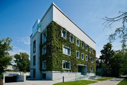 Press kit | 1139-03 - Press release | Foundation for Polish Science Headquarters - FAAB Architektura - Commercial Architecture - View from Krasickiego St. (north-west corner) - Photo credit: Bartłomiej Senkowski © FAAB Architektura