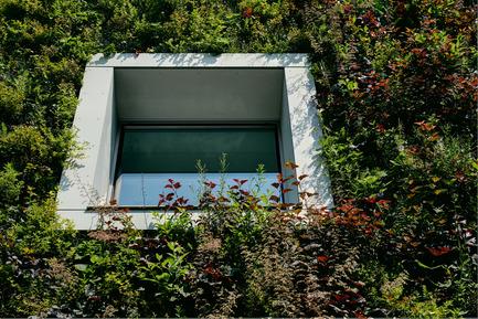 Press kit | 1139-03 - Press release | Foundation for Polish Science Headquarters - FAAB Architektura - Commercial Architecture - Window detail<br> - Photo credit: Bartłomiej Senkowski © FAAB Architektura