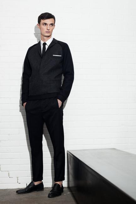 Dossier de presse | 1107-01 - Communiqué de presse | Philippe Dubuc - Fashion Designer - Philippe Dubuc - Fashion Design - Crédit photo : Martin Rondeau
