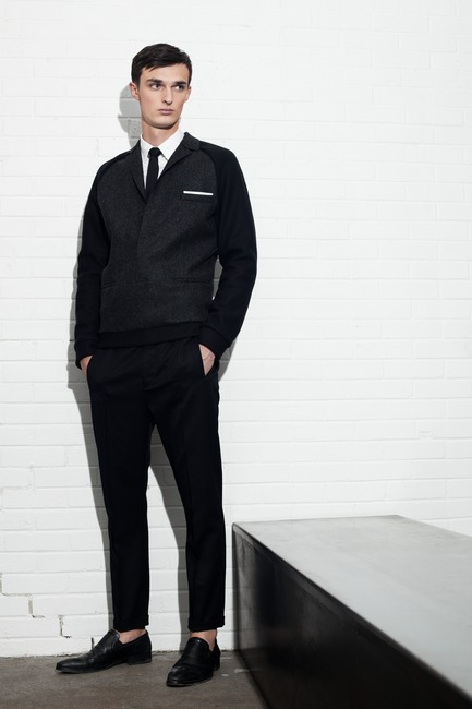 Press kit | 1107-01 - Press release | Philippe Dubuc - Fashion Designer - Philippe Dubuc - Fashion Design - Photo credit: Martin Rondeau