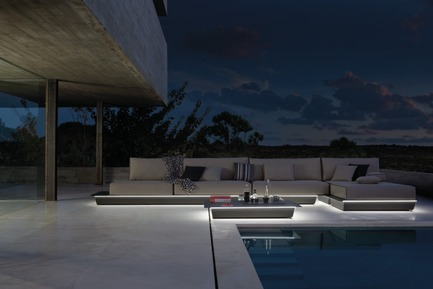 Press kit | 688-05 - Press release | Manutti brings a breath of fresh air for Spring 2015 - Jardin de Ville - Product - AIR CONCEPT  (528cm X 214cm) w/ LED lighting - Photo credit:         C. Ichou