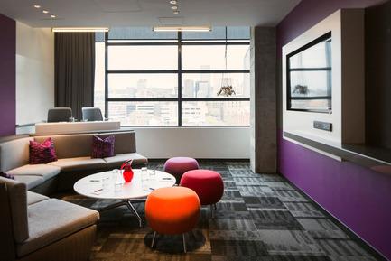 Press kit | 673-10 - Press release | GalaGRANDS PRIX DU DESIGN 8e édition. Et les lauréats sont... - Agence - Évènement + Exposition - HÔTEL, AIRE COMMUNE, ESPACE RÉCRÉATIF ET EXPOSITION&nbsp;<br>Prix hôtel<br><br>L'hôtel ALT Montréal<br>LEMAYMICHAUD architecte design<br> - Photo credit: GROUPE GERMAIN HOSPITALITÉ