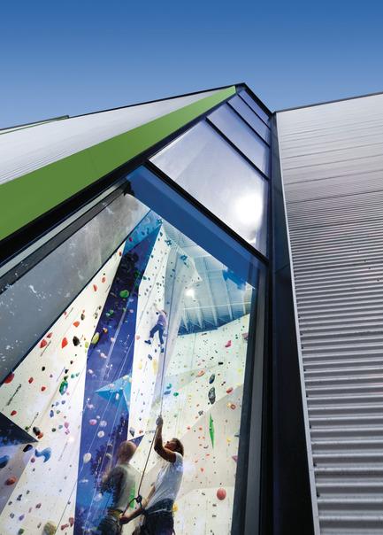 Press kit | 673-05 - Press release | Et les lauréats de la 7e édition des Grands Prix du Design sont… - Agence PID - Competition - PRIX PROJET DE L'ANNÉESmith Vigeant architectesAllez Up centre d'escalade - Photo credit: Stéphane Brügger