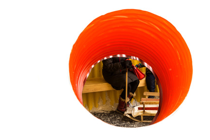 Press kit | 1600-02 - Press release | The Hole Idea wins OAA Award - Weiss Architecture & Urbanism Limited - Competition - The Orange Hole - Photo credit: Leif Norman