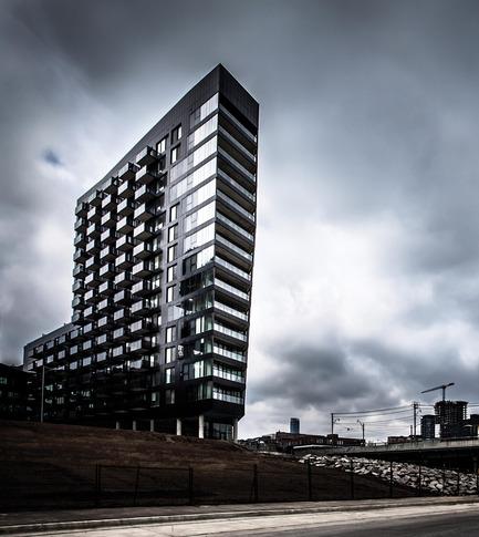 Dossier de presse | 809-15 - Communiqué de presse | Azure announces the finalists of the fifth annual AZ Awards - Azure Magazine - Competition - Residential Architecture – Multi-Unit:Saucier + Perrotte Architectes and ZAS Architects: River City Phase 1, Toronto, Canada<br> - Crédit photo :  AZ Awards 2015