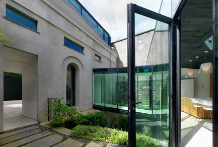 Dossier de presse | 809-15 - Communiqué de presse | Azure announces the finalists of the fifth annual AZ Awards - Azure Magazine - Competition - Residential Architecture – Single Family: Lorcan O'Herlihy Architects: Flynn Mews House, Dublin, Ireland<br> - Crédit photo :  AZ Awards 2015