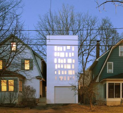 Dossier de presse | 809-15 - Communiqué de presse | Azure announces the finalists of the fifth annual AZ Awards - Azure Magazine - Concours - Residential Architecture – Single Family: PARA-Project: Haffenden House, Syracuse, USA<br> - Crédit photo :  AZ Awards 2015