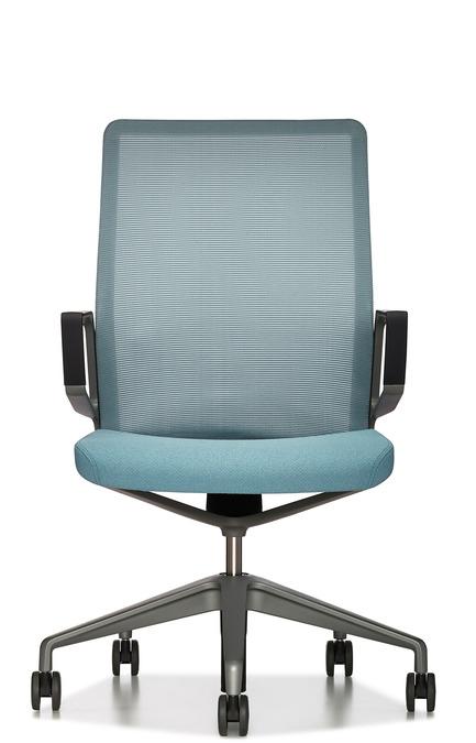 Dossier de presse | 809-15 - Communiqué de presse | Azure announces the finalists of the fifth annual AZ Awards - Azure Magazine - Concours - Furniture Design: Keilhauer: Aesync, by EOOS<br> - Crédit photo :  AZ Awards 2015