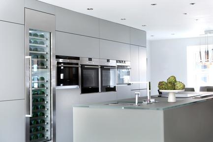 Press kit | 1701-01 - Press release | Butterton by LLI Design -Award winning contemporary family residence - LLI Design - Residential Interior Design - Kitchen- Butterton- LLI Design - Photo credit: Alex Maguire Photography