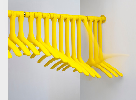 Press kit | 990-02 - Press release | KAYIWA Launches the Much-Anticipated3D Printed DINO Clothes Rack - KAYIWA - Product - DINO Wavy - Photo credit:  Image courtesy of KAYIWA