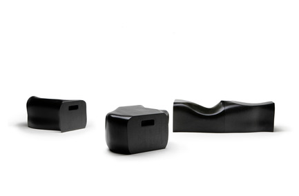 Press kit | 990-01 - Press release | JOKI Bench and DOM·I·NO Candle Holder - KAYIWA - Product - JOKI Bench - Photo credit: Image courtesy of KAYIWA