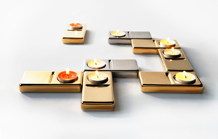 Press kit | 990-01 - Press release | JOKI Bench and DOM·I·NO Candle Holder - KAYIWA - Product - DOM·I·NO Candle Holders (gilded) - Photo credit:  Image courtesy of KAYIWA