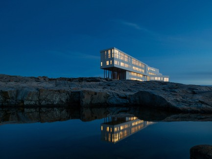 Dossier de presse | 809-13 - Communiqué de presse | Azure announces the winners of the fifth annual AZ Awards - Azure Magazine - Concours - Saunders Architecture: Fogo Island Inn, Newfoundland, Canada - Crédit photo : n/a