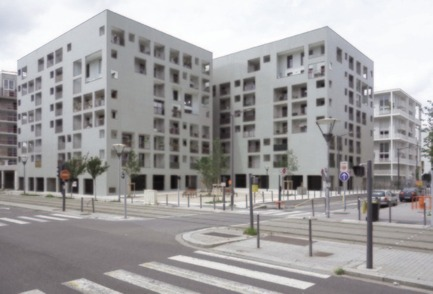 Dossier de presse | 1817-01 - Communiqué de presse | Announcing the winners of the best architects 16 Award - best architects Award - Competition -     	 		 		 	 	 		 			 				 					Gold winner: Eric Lapierre Architecture <br>Project: 85 dwellings in Lyon  				<br> 	    - Crédit photo : n/a