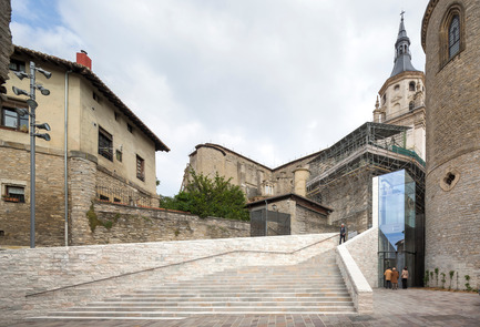 Press kit | 1830-01 - Press release | Announcing the winners of the 2015 FAD Architecture and Interior Design Awards - FAD - Fostering Arts and Design - Competition - Access improvement to Vitoria-Gasteiz Historic Centre by Fernando Tabuenca and Jesús Leache<br><br>     - Photo credit: José M. Cutillas, Rubén P. Bescós