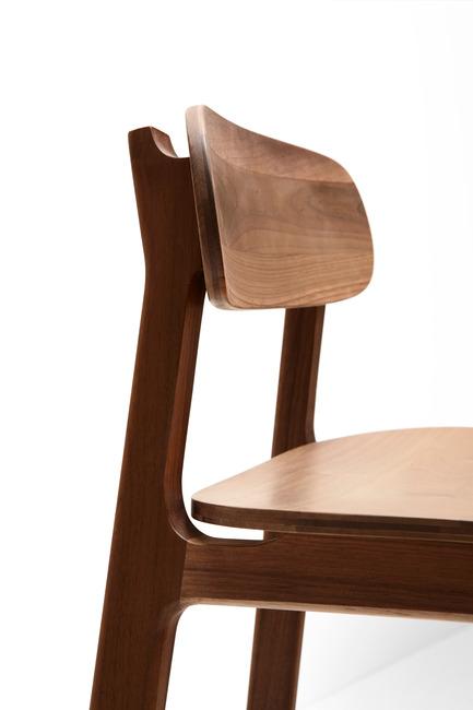 Press kit | 1539-02 - Press release | Discover H Collection 2015 - H Furniture Ltd. - Industrial Design - Kensington Bar Stool - Photo credit: Peter Guenzel