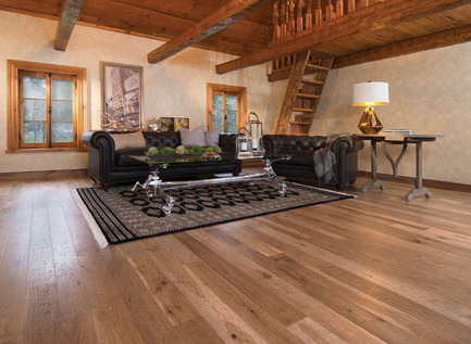Press kit | 1639-02 - Press release | La collection Imagine : des planchers conçus pour mieux camoufler les aléas du quotidien - Planchers de bois franc Mirage - Residential Interior Design -  Old Hickory Tree Bark, Distressed Look  - Photo credit: Mirage Hardwood Floors