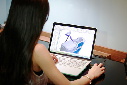 Press kit | 1834-03 - Press release | Introducing a world-first: 'Global Grad Show' at Dubai Design Week - Dubai Design Week - Event + Exhibition - Libue<br>Student : Emily&nbsp;Tang<br>School : Hong Kong Poly U  - Photo credit: Hong Kong Poly U