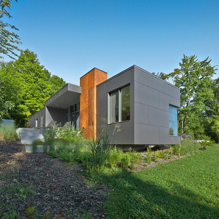 Press kit | 635-05 - Press release | T HOUSE - Natalie Dionne Architecture - Residential Architecture - Photo credit: Marc Cramer