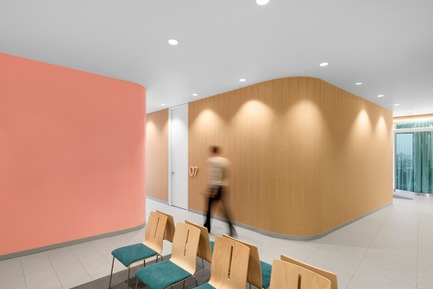 Dossier de presse | 760-11 - Communiqué de presse | Energy and form approach of circularity: from principle to the design of a space refocused on humans - Jean de Lessard, Designers Créatifs - Commercial Interior Design - Crédit photo : Adrien Williams